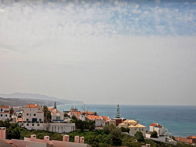 Ericeira Chill Hill Hostel & Private Rooms - Ericeira