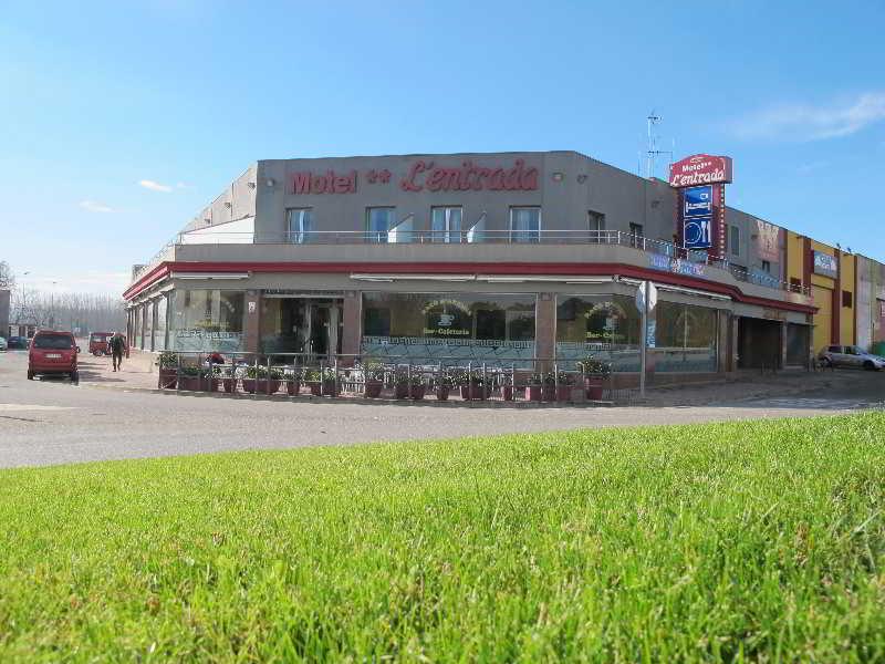 Motel La Entrada - Riudarenes