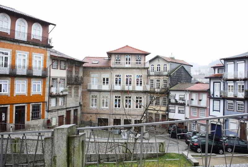 Trovador City Guest House - Guimaraes