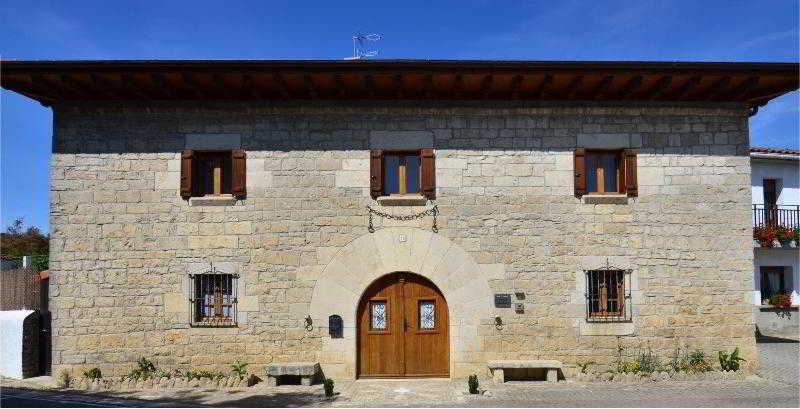 Casa De La Cadena - Pamplona
