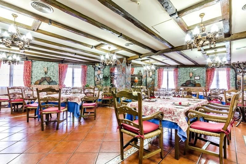 Hotel Carlos I - Yuncos