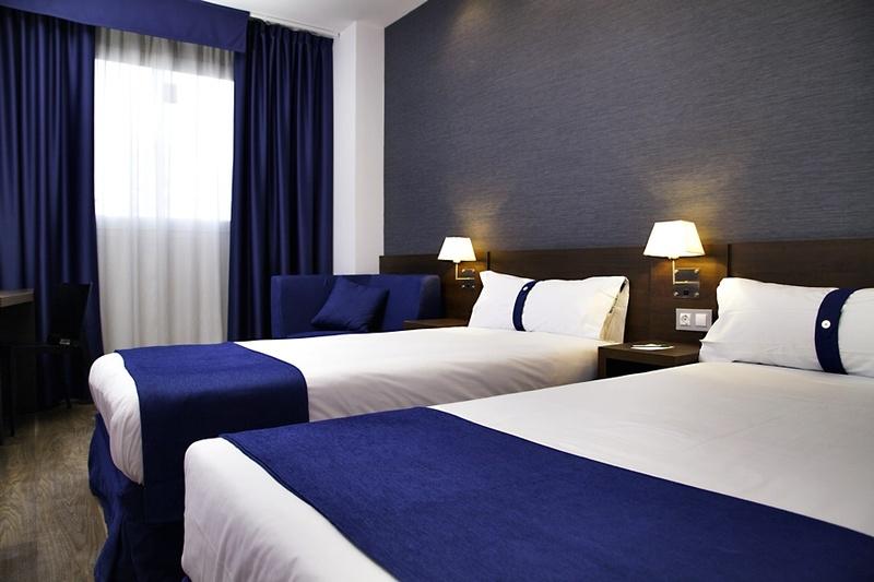 Hotel Universidades - Valencia