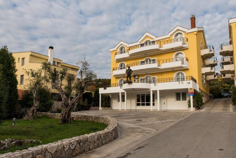 Promocje Hotel Crnogorska Kuća