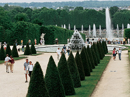Versailles and Trianon palaces - Skip the line
