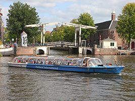 Canal cruise with Van Gogh museum