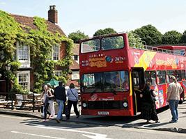 Stratford upon Avon tourist bus