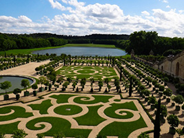 Versailles Guided Tour in the Morning  - Skip the Line