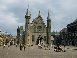 Delft pottery and The Hague city tour