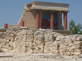 Explore the Palace of Knossos and Heraklion