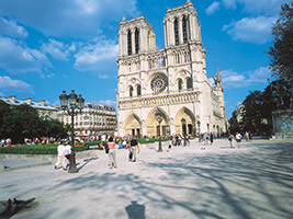 Private Tour : Guided Visit of Paris and Lunch Cruise