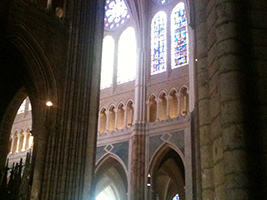 Private Tour : A Day in Chartres and Lunch with Pick-up from the Hotel