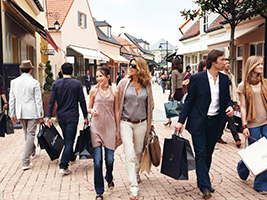 La Vallée Village shopping day experience