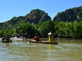 Puteh River canoeing experience - Macassar
