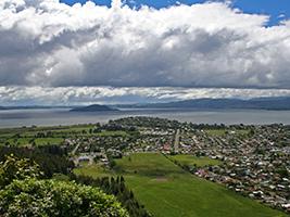 Full Day Auckland To Rotorua Include Waitomo And Hobbiton - GS11H