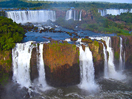 Iguazu Falls and jungle adventure