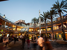 Shop and Dine at Santa Monica Place