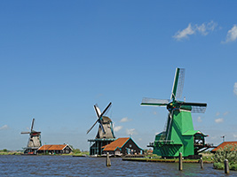 Charm of Holland  - Volendam, Marken, Edam and Windmills