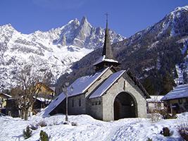 Chamonix Mont Blanc tour including Aiguille du Midi, Mer de Glace and Petit train