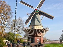 Volendam, Marken and windmill tour