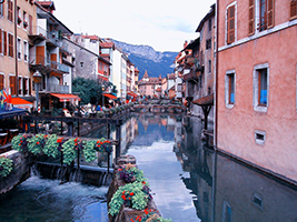 The highlights of Annecy tour