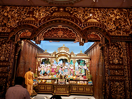 Temples and mosques tour