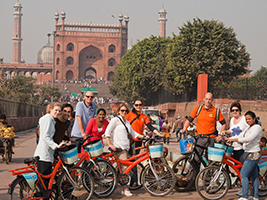 Special Discount Offer: Old or New Delhi by bike (Half day)