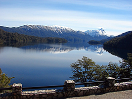 Excursion to San Martin de los Andes via seven lakes