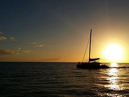 Na Pali Sunset Dinner Cruise