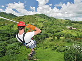 Zip line adventure in Anamuya Mountains