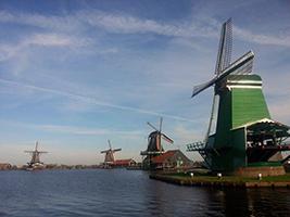 Zaanse Schans, Edam and Volendam tour in Spanish