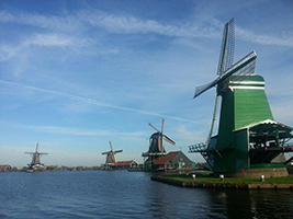 Zaanse Schans, Edam and Volendam tour with transportation in Spanish
