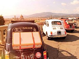 Vintage Fiat 500 tour through the Chianti Hills