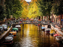 Walking and Boat Tour in Amsterdam