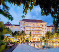 Santi Resort and Spa