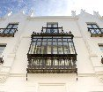 C&L Alberto Lista by Life Apartments