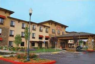 Hampton Inn & Suites Windsor - Sonoma Wine Country